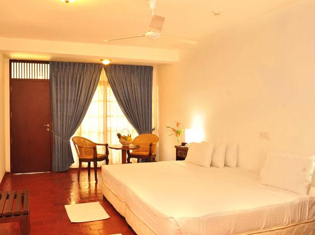 hotel hot deal Catamaran Beach