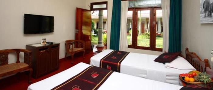 thumbnails hotel chandrika